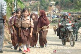 Akses jalan Bogor-Cianjur hasil TMMD resmi dibuka