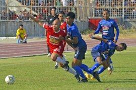 Arema FC masuk lima besar klasemen Liga 1 setelah tekuk Madura United 2-0,