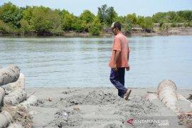 Proyek dermaga di Aceh Timur dihentikan pascasemburan lumpur