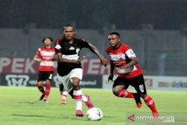 Liga 1, Persipura taklukkan Madura United 2-0