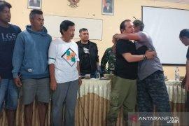 Insiden bentrokan Satpol PP-penambang ilegal di Belitung berakhir damai