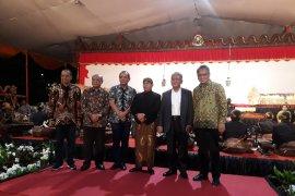 Universitas Pancasila menggelar Wayang Kulit Lakon Brojodento Labuh