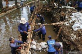 Saat musim hujan, Jakarta Barat antisipasi banjir di lima wilayah