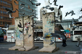 Rakyat Jerman merayakan 30 tahun jatuhnya Tembok Berlin