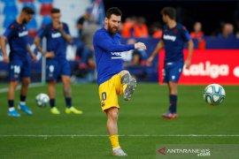 Pemain Barcelona jalani tes COVID-19 jelang berlatih kembali