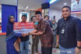 Kemensos bagikan bantuan sosial penyandang disabilitas di Padangsidimpuan