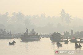 Pasar Terapung Lok Baintan Terdampak Kabut Asap