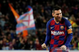 Hasil Liga Spanyol, trigol Messi bawa Barcelona geser Madrid