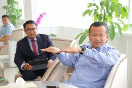 Perlu ada kajian mendalam terkait cantrang, kata Menteri Edhy