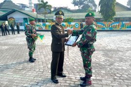 Anggota TNI gagalkan aksi begal terima penghargaan