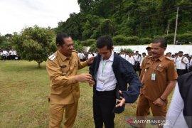 Wali kota lepas keberangkatan 637 mahasiswa UMTS melaksanakan KKN