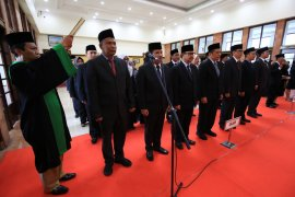 Tujuh pejabat Pemkot Surabaya dimutasi
