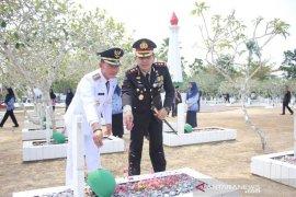 Peringati Hari Pahlawan, Mulkan tabur bunga di Makam Pahlawan