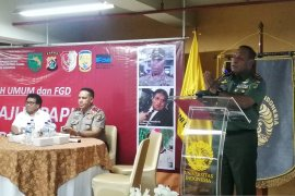 "Pangdam: Tangani persoalan Papua, Pakai ""smart power"""