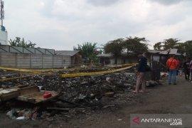 Penyebab kebakaran kios penampungan pedangan Pasar Pelita Kota Sukabumi diselidiki