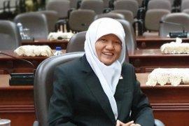 Pimpinan DPRD Surabaya minta kadisdik baru prioritaskan peningkatan SDM
