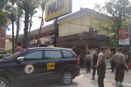 Ledakan bom Polrestabes Medan, 1 anggota polisi terluka