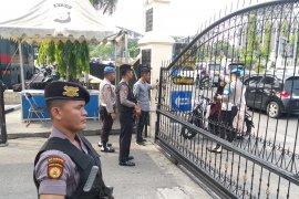 Polda Riau perketat penjagaan pasca-insiden bom bunuh diri Medan