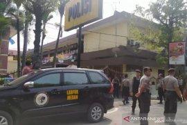 Kadiv Humas Polri: Enam orang terluka akibat bom Medan