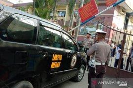 Polrestabes Medan dijaga ketat pasca-ledakan, pelaku diduga seorang menggunakan atribut ojol