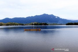 Jatuh Selasa pagi, jenazah pilot pesawat MAF ditemukan di kedalaman 13 meter Danau Sentani