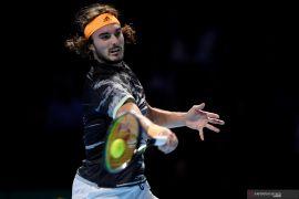 Tsitsipas naik kelas dengan menjuarai ATP Finals