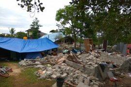 Pengungsi dampak gempa Ambon masih takut untuk kembali ke rumah