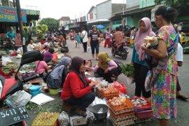 Kerugian pedagang akibat kebakaran Pasar Ngunut Tulungagung membengkak