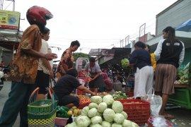 Pasar Ngunut Tulungagung dibangun sesuai SNI