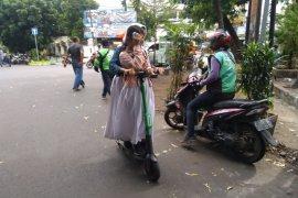 Penggunaan GrabWheels di Bandung harus segera diatur