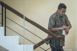"""Saksi sarankan untuk """"sangoni"""" mantan Menag Lukman"""