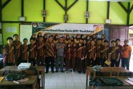 Rumah Pintar Pemilu KPU Sambas sasar pelajar