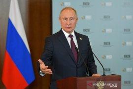 Berita dunia - Putin: Kasus pemakzulan terhadap Trump 'dibuat-buat'