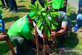 Wabup berharap masyarakat Sorong menjaga kelestarian hutan