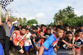 Lomba lari 10 K meriahkan HUT ke-69 Tapanuli Selatan