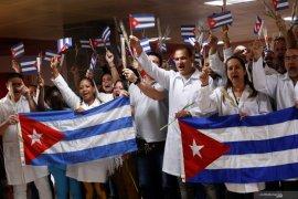 Kuba mengirim dokter ke Afrika Selatan perangi corona
