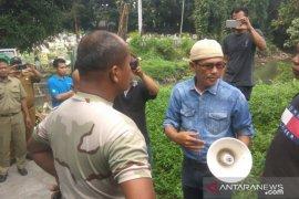 Warga bantah tolak pemakaman terduga pelaku bom bunuh diri di Medan