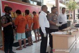 Kepolisian Penajam ringkus empat anggota jaringan pengedar narkoba