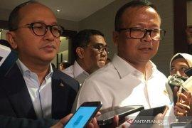 Edhy Prabowo serahkan kapal pencuri ikan ke nelayan