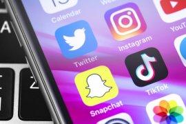 Facebook hingga TikTok, medsos populer di Indonesia versi 3