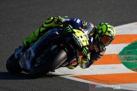 Valentino Rossi masih ingin membalap pada tahun depan