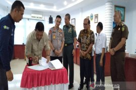 Pemkab Madina tandatangani MoU dana pengamanan Pilkada