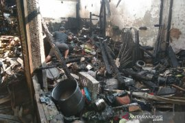 Polisi selidiki penyebab kebakaran Pasar Guntur di Garut