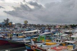 Nelayan di Kabupaten Belitung kesulitan mendapatkan BBM jenis solar