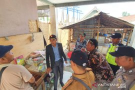 Kontraktor diminta tak asal-asalan kerjakan proyek pasar tradisional Sampang