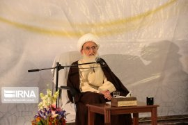 Berita dunia - Imam senior: rencana musuh terpajan selama kerusuhan