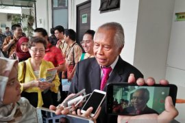 Terkait pencalonan Chandra Hamzah sebagai petinggi BUMN, OC Kaligis surati Menteri BUMN