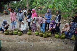 Polda Banten sita tabung elpiji bersubsidi 3 kg