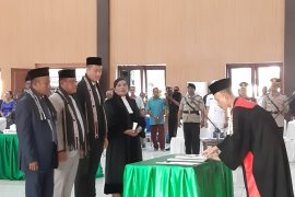 Pimpinan definitif DPRD Kabupaten Kepulauan Tanimbar dilantik