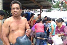 Bencana kekurangan air di ujung timur Jakarta